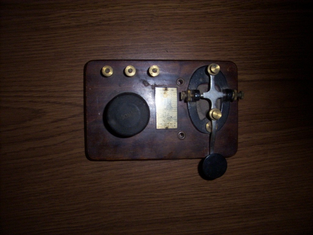 Key and buzzer used to train Morse code to radiomen in US Army Signal Corps probably about WWII era.